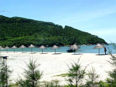 My Khe Beach, a beautiful beach in Danang